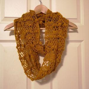 New Handmade Crochet Scarf